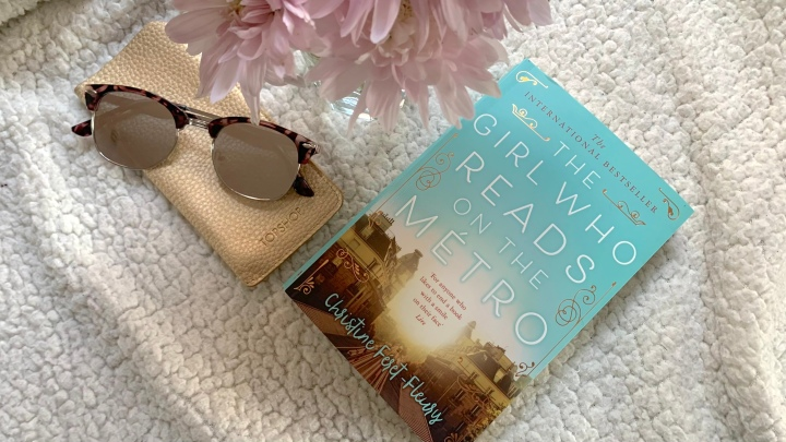LIZZIE READS … THE GIRL WHO READS ON THEMETRO