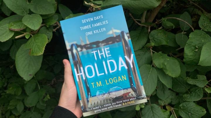 THE HOLIDAY – T.M.LOGAN